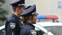 Жінка за кермом Subaru наїхала на поліцейського,який зробив їй зауваження