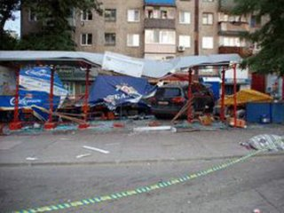 Одна людина загинула й семеро госпіталізовані через ДТП у Луганській області
